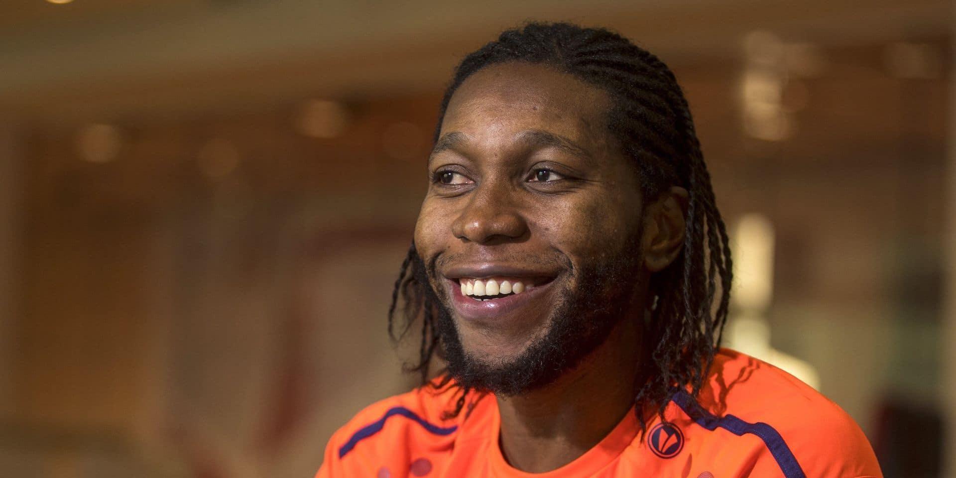 """La Team Mbokani dévoile les secrets de la réussite de l'attaquant de l'Antwerp : """"Dieu doit être chouchouté et bousculé"""""""
