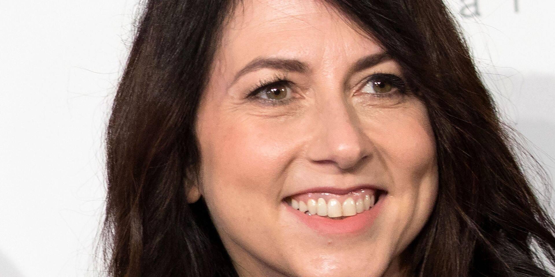 L'ex-femme de Jeff Bezos donne près d'1,7 milliard de dollars à des oeuvres de charité