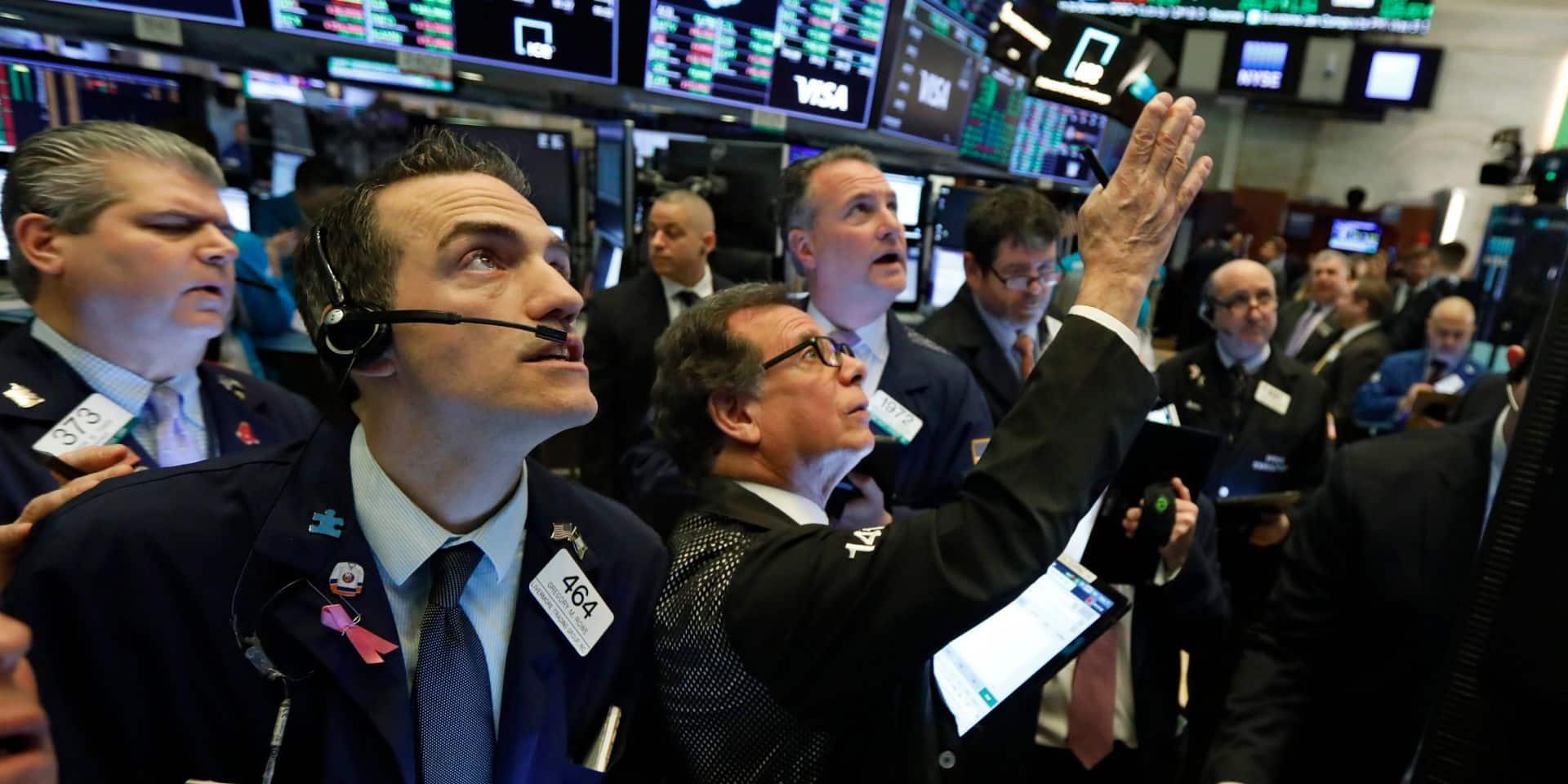 Wall Street rebondit nettement, saluant les bons scores de Joe Biden