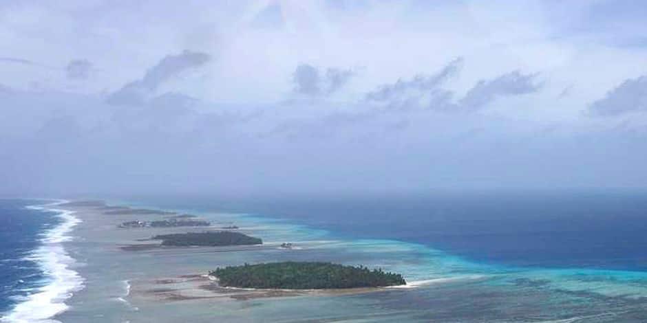 """Deux pêcheurs miraculés retrouvés après six semaines d'errance dans le Pacifique: """"Ils étaient maigres et faibles"""""""