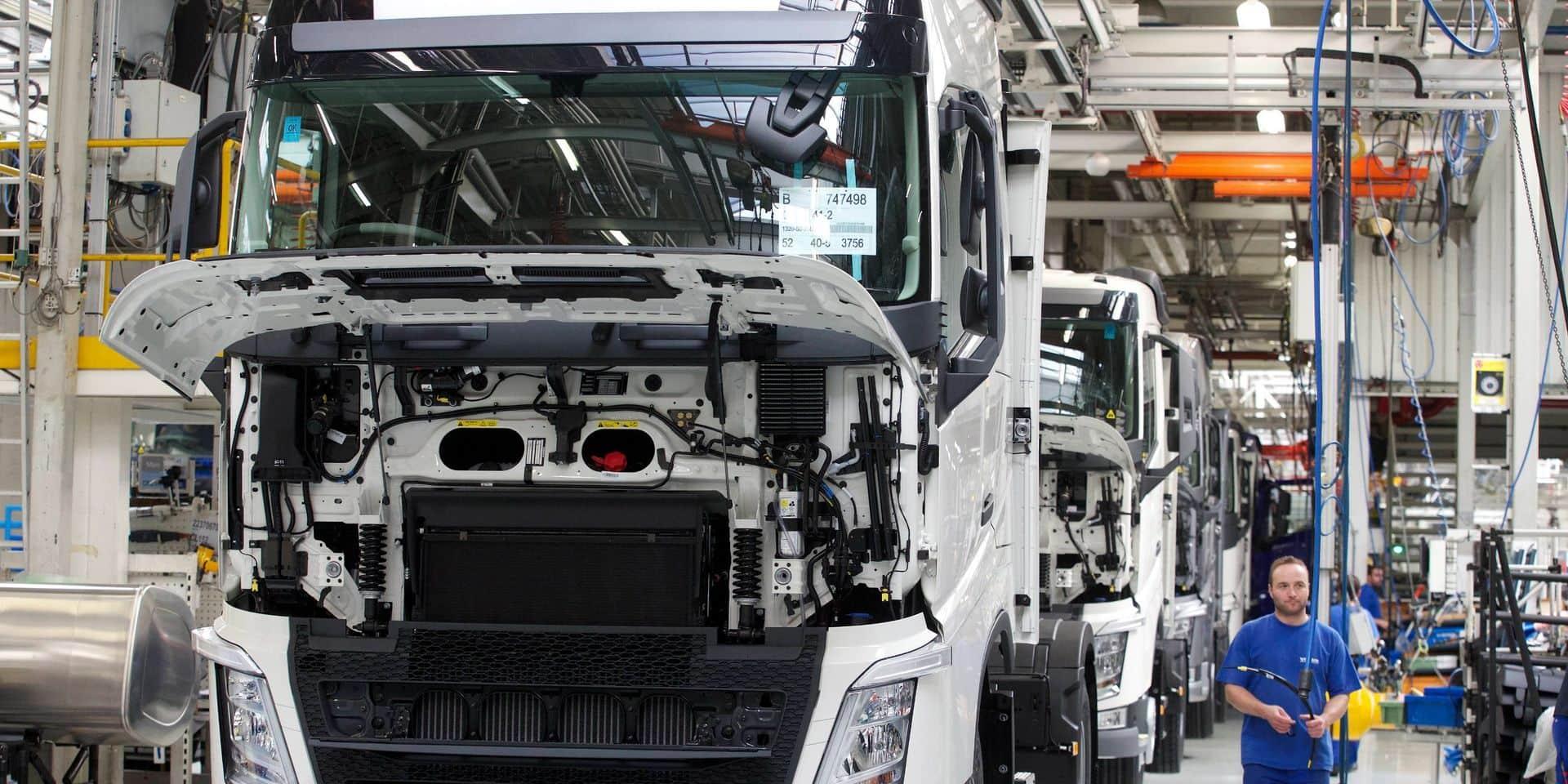 L'usine gantoise de Volvo Trucks devrait relancer sa production la semaine prochaine.