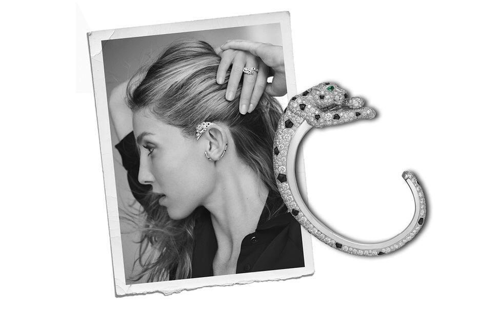 Cartier crée toujours du rêve... Bijoux et pendant d'oreilles en or gris 18 carats, sertis d'yeux émeraude, taches d'onyx, truffe onyx et 562 diamant (6.34 carats). Pour entendre murmurer la panthère symbolique du joaillier. Prix non communiqué.