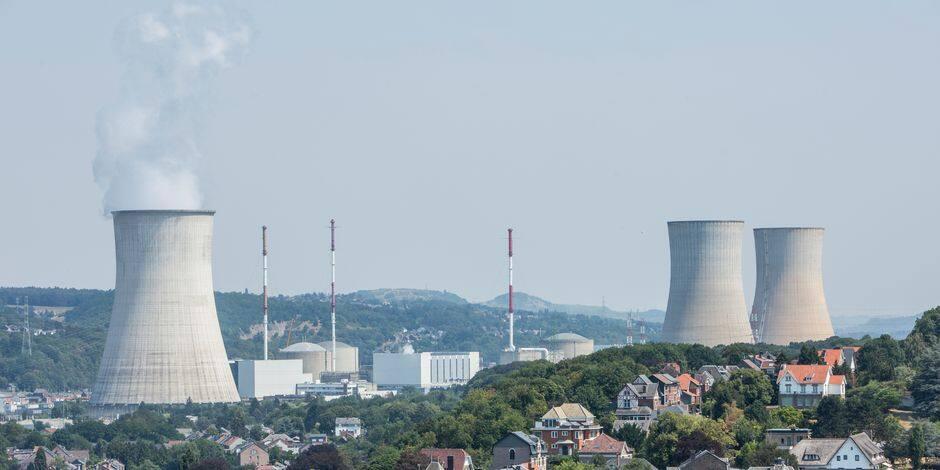 Le réacteur de Tihange 3 à l'arrêt jusqu'au 1er mars, Tihange 2 jusqu'au 1er juin