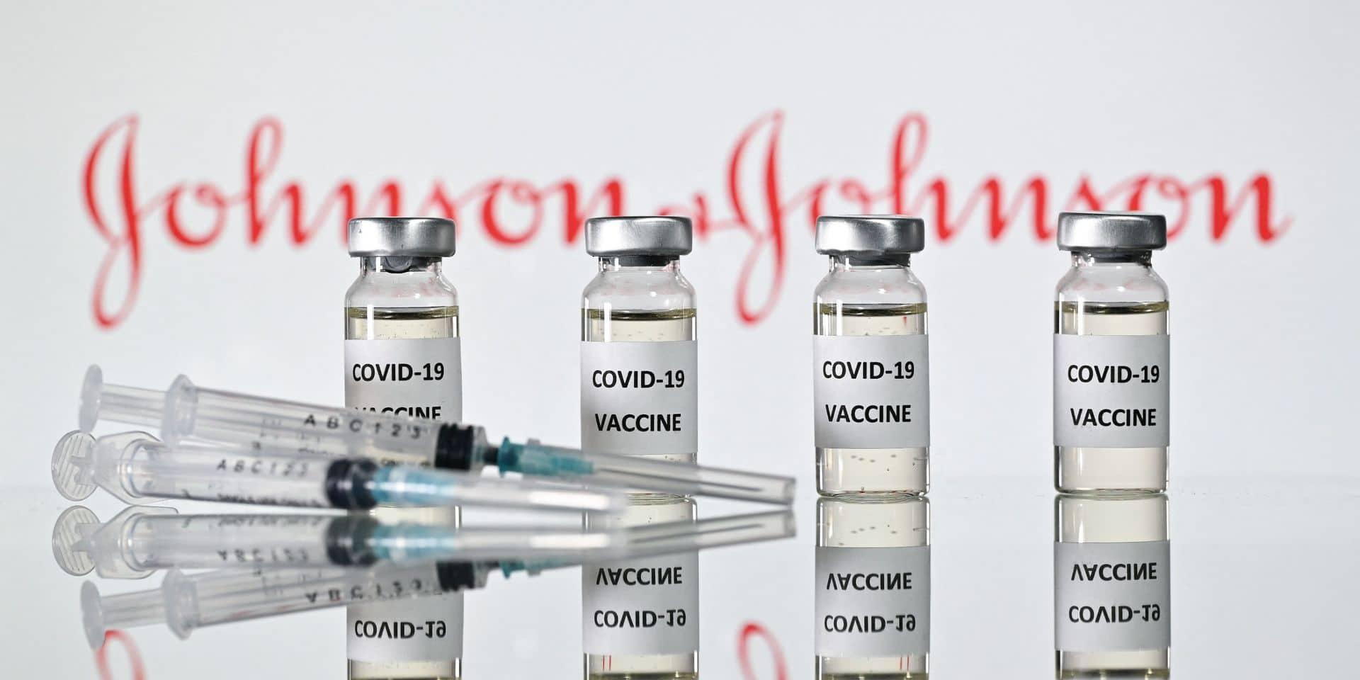 Le vaccin Johnson lui aussi sous la loupe pour quatre cas de caillots sanguins
