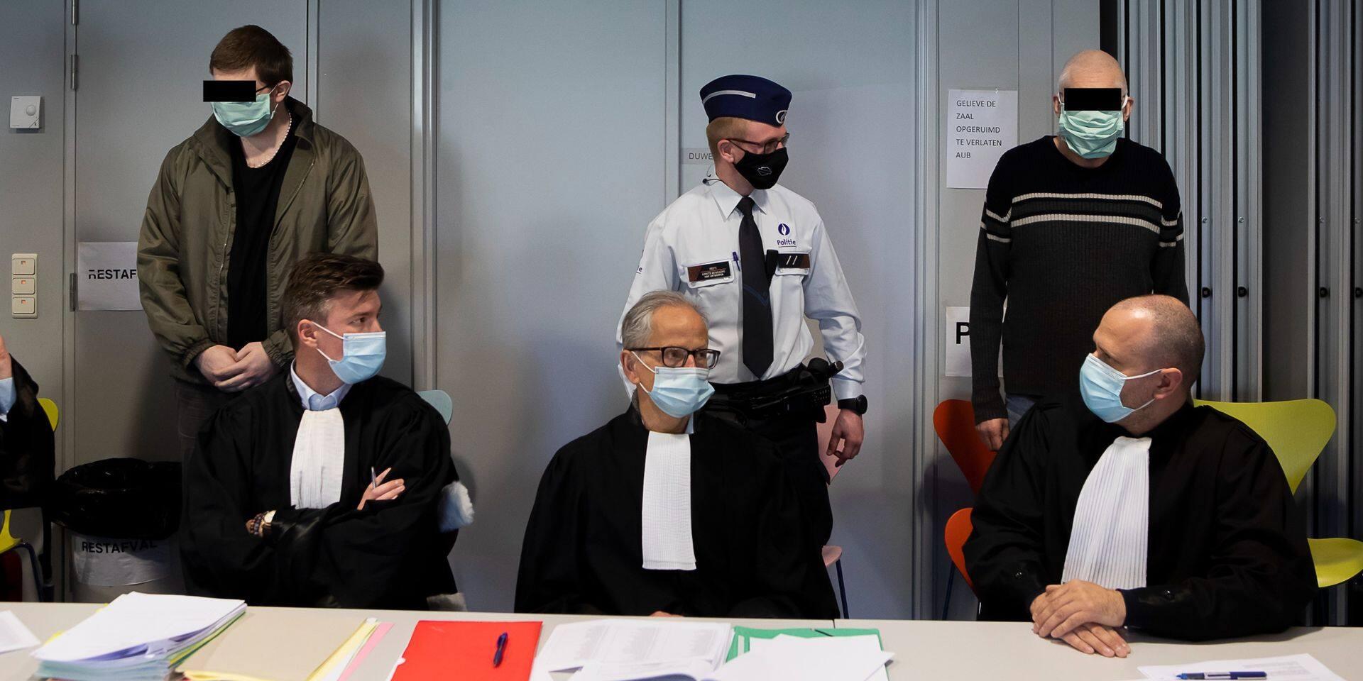 Un assassinat sur fond de garde d'enfants jugé à Anvers
