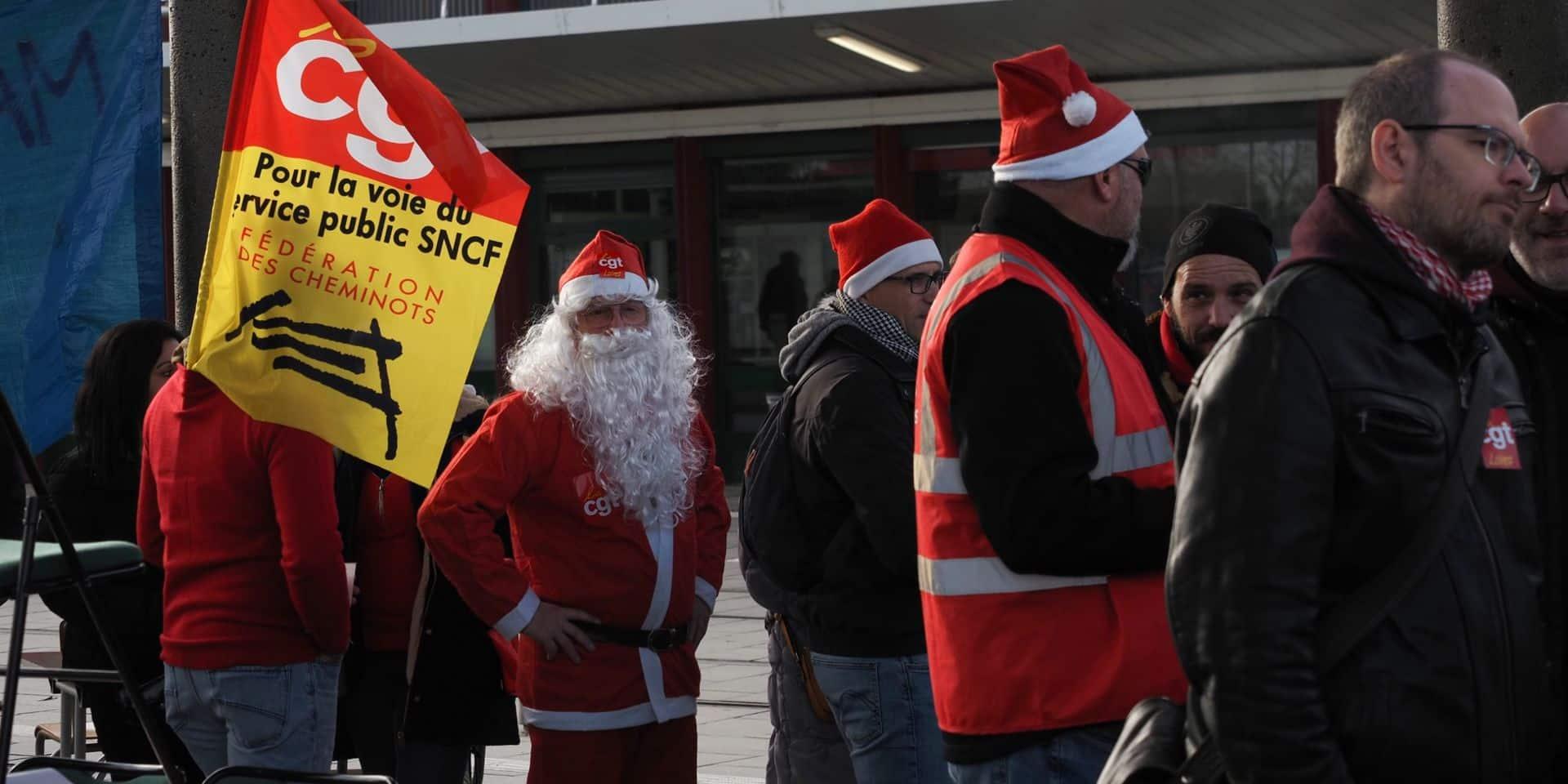 """Après Noël, le 31 décembre frappé par la grève en France ? """"On ne s'arrête pas quand on a perdu 20 ou 25 jours de salaire, juste parce que c'est le Nouvel An"""""""
