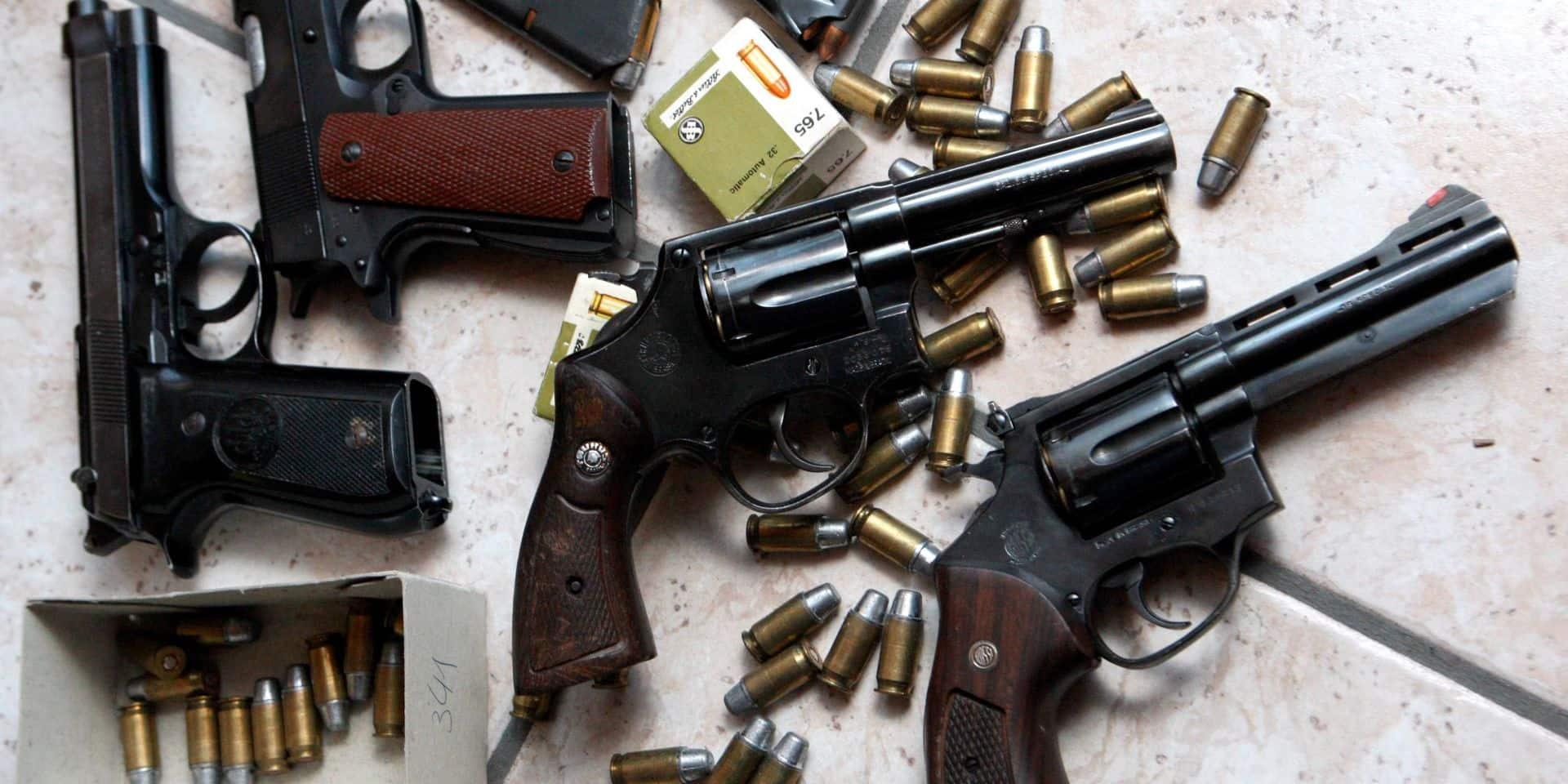 Plus de 350 armes saisies en Belgique