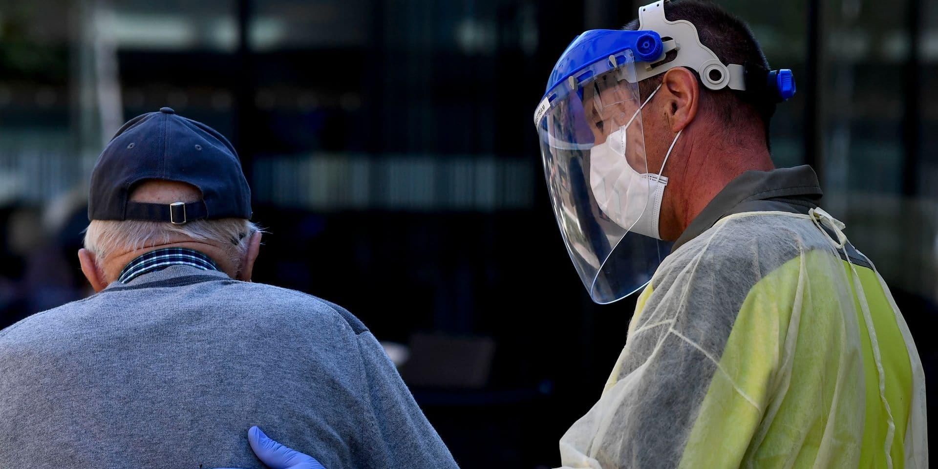 """Maisons de repos : le testing systématique """"fortement recommandé"""" en Wallonie"""