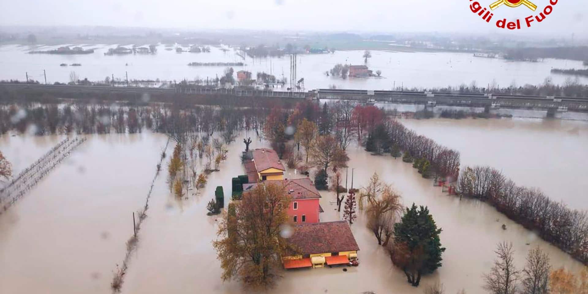 Italie: des intempéries provoquent des inondations dans le nord