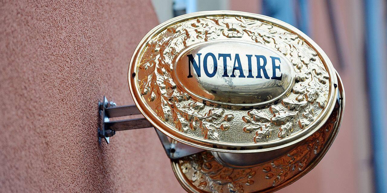 L'Observatoire des prix a mis le doigt sur le coût excessif des notaires dans le domaine immobilier.
