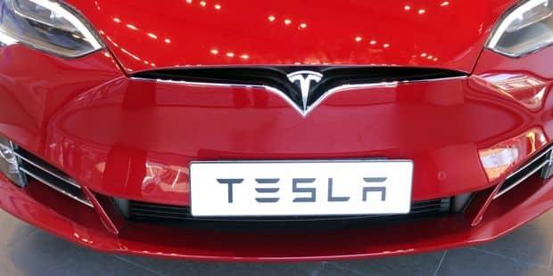 Le rival chinois de Tesla vrombit à Wall Street - La Libre