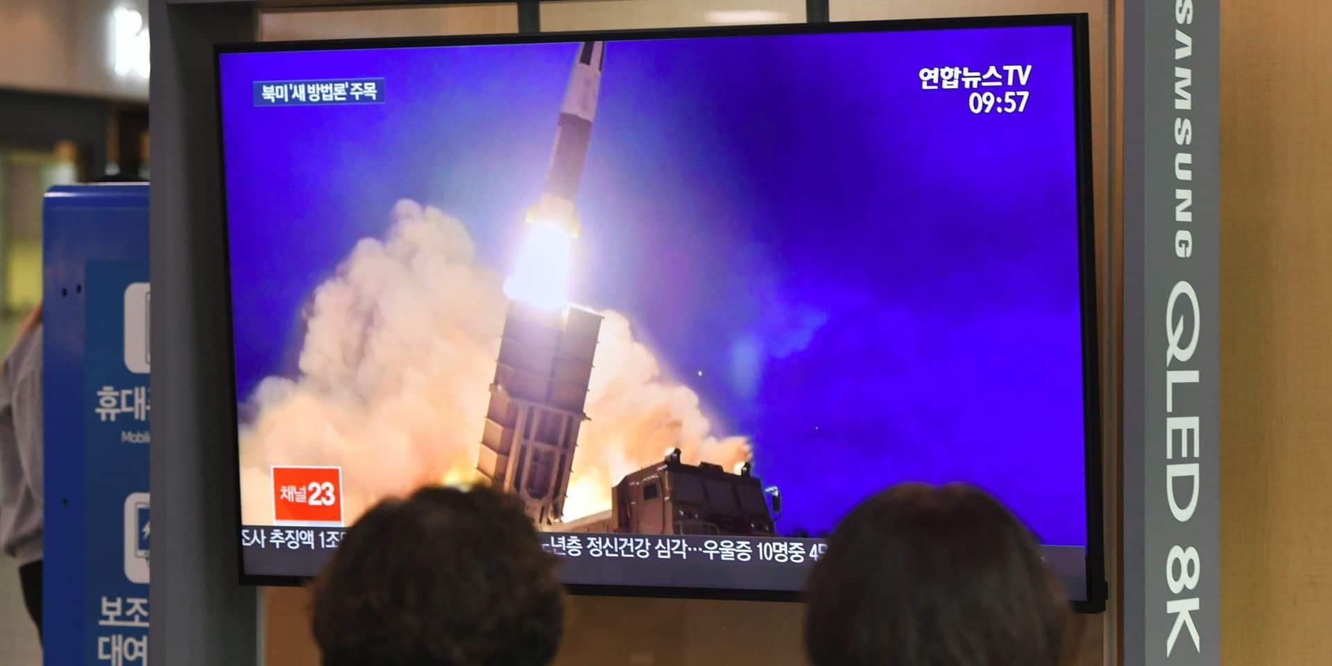 """La Corée du Nord tire des projectiles: """"De tels actes n'aident pas à apaiser les tensions"""""""