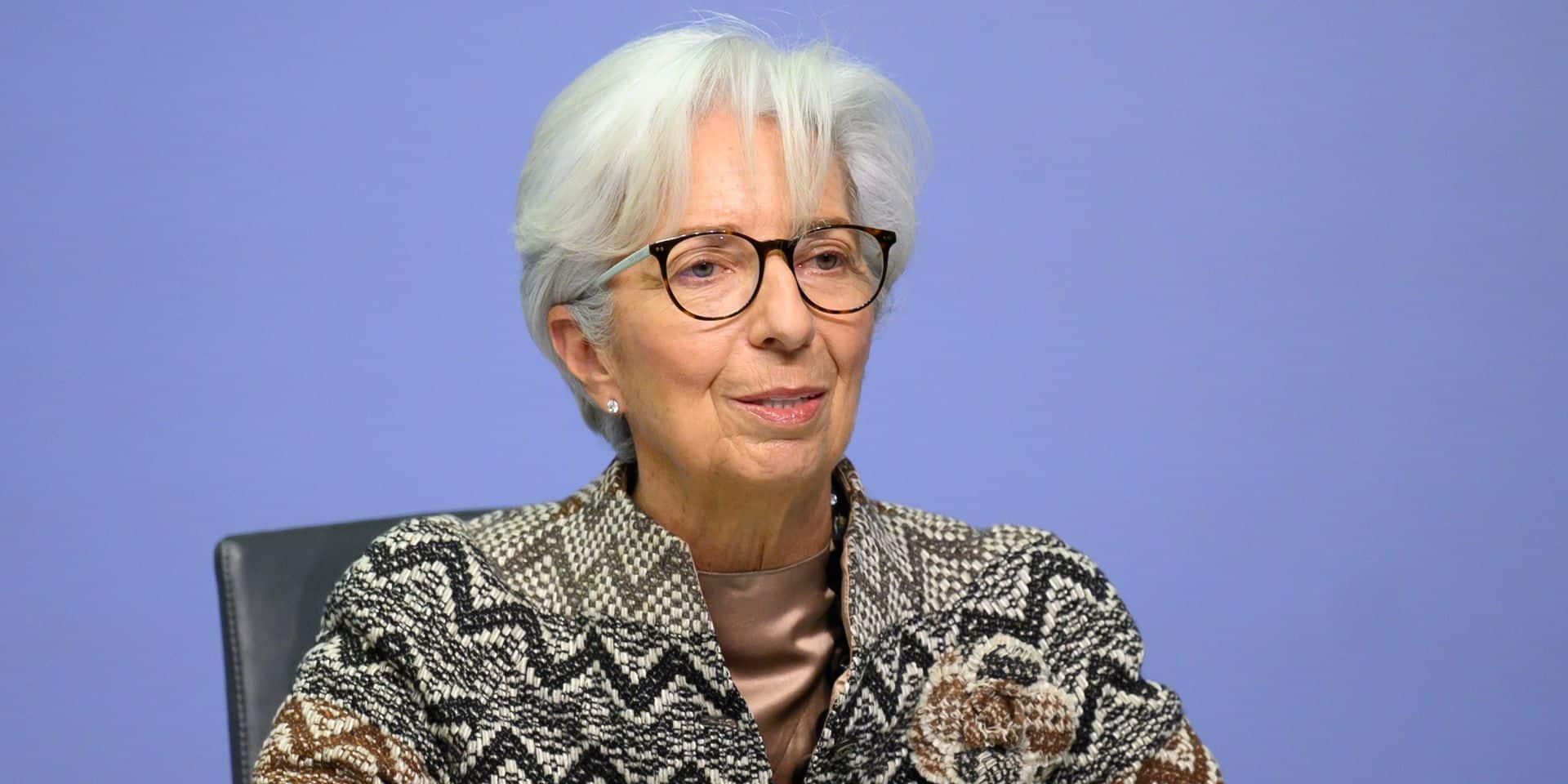 """Pour Christine Lagarde (BCE), la croissance du PIB de la zone euro de 3,9% en 2021 est """"très clairement plausible"""""""