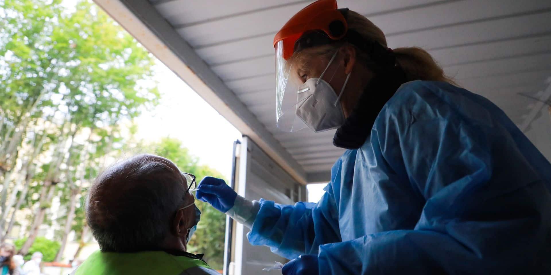 Coronavirus en Belgique : 3.500 contaminations sont dépistées en moyenne par jour