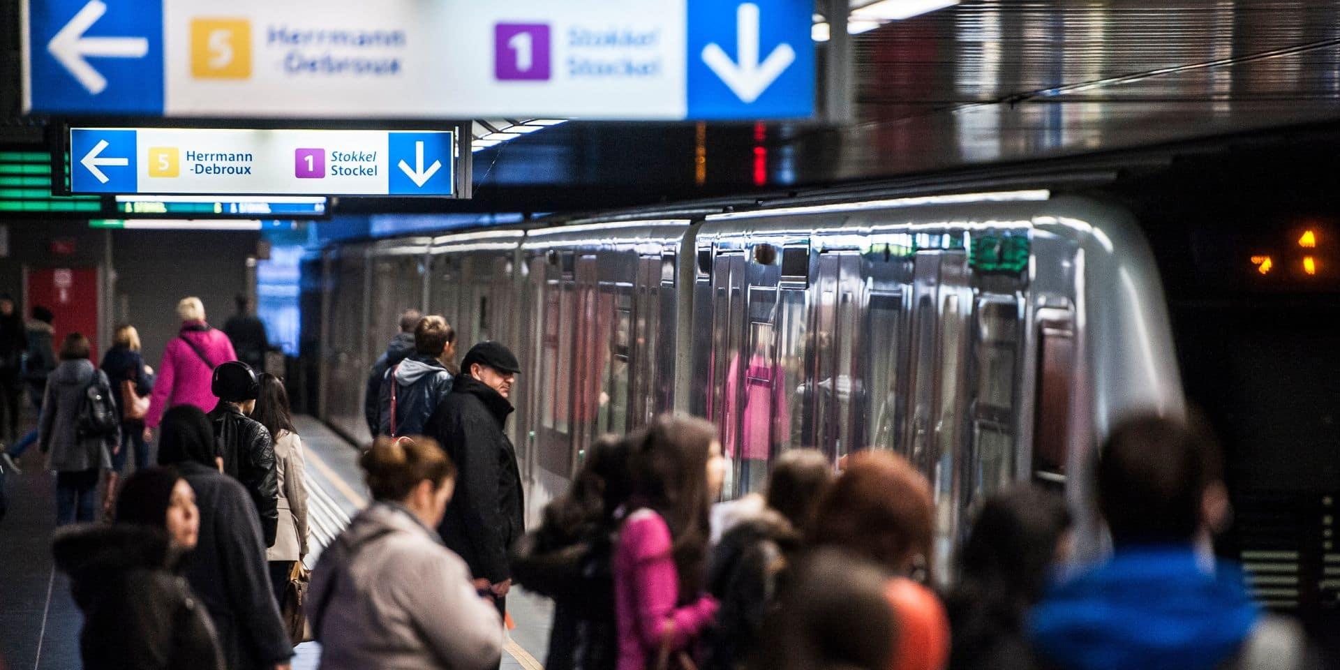 Coronavirus: quelles sont les mesures d'hygiène prises dans les transports en commun en Belgique ?