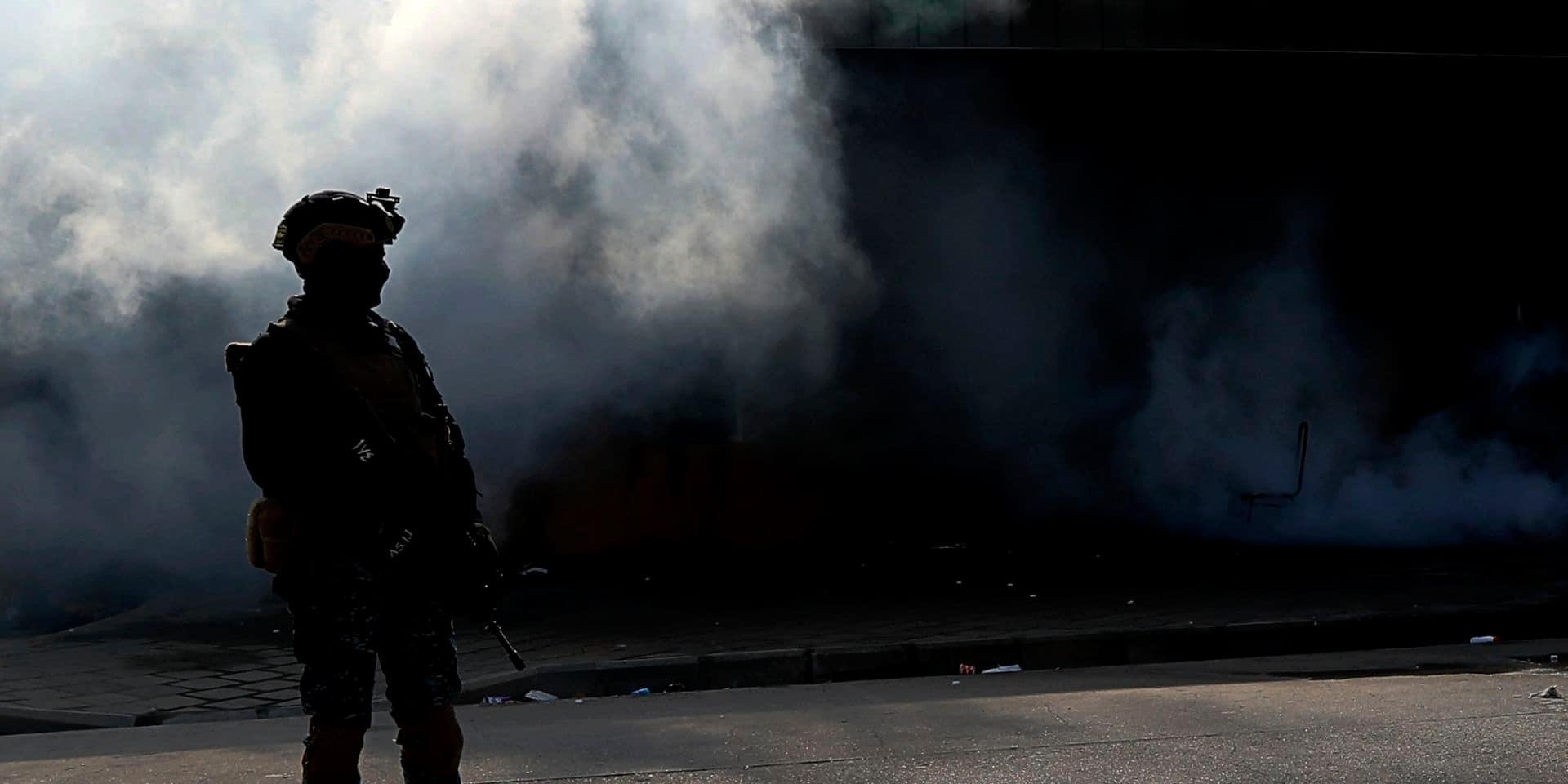 Irak: quatre roquettes s'abattent sur une base abritant des soldats américains