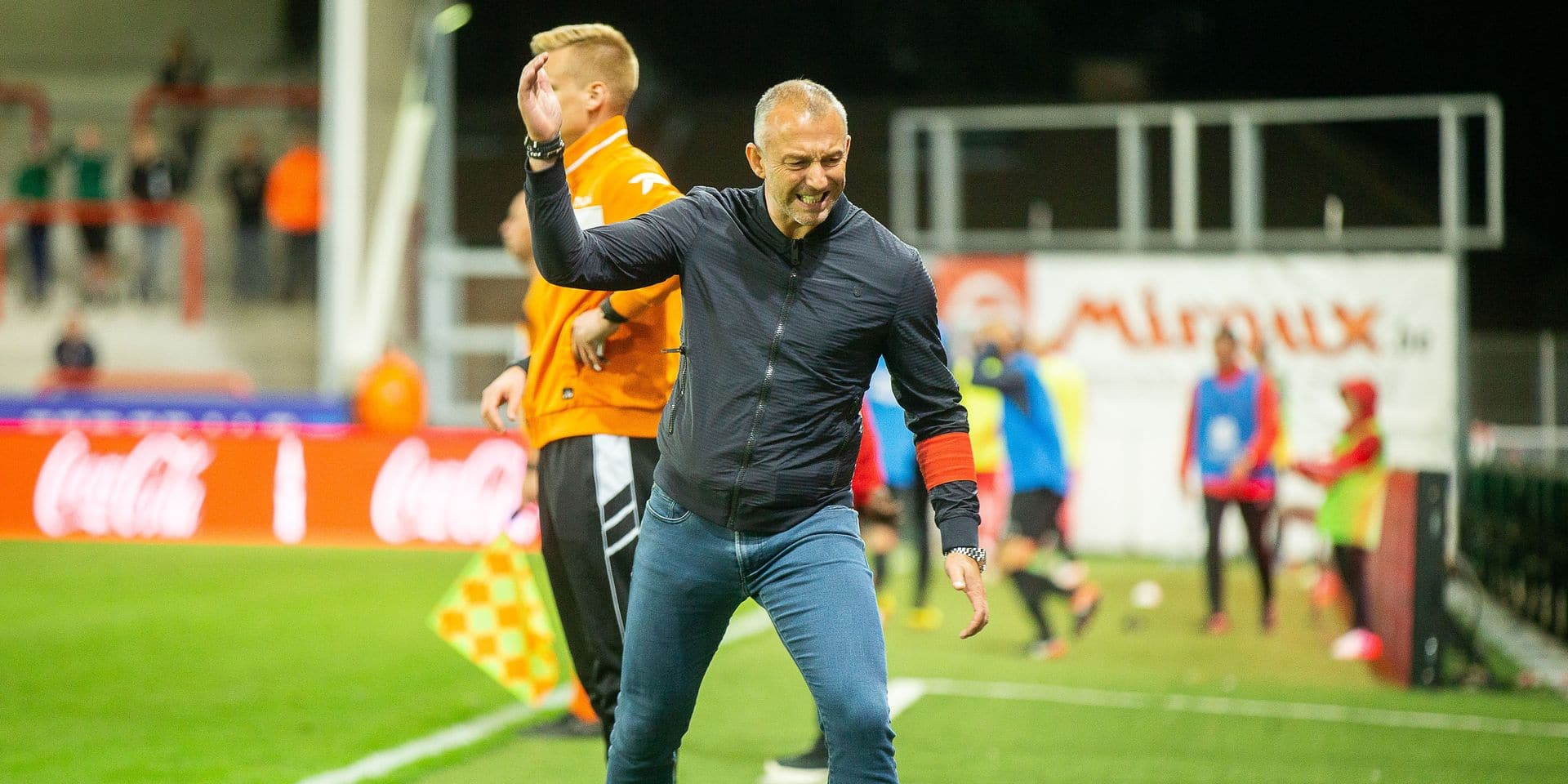 Mouscron's head coach Frank Defays pictured during the Jupiler Pro League match between Royal Excel Mouscron and KAS Eupen, in Mouscron, Saturday 25 August 2018, on the fifth day of the Jupiler Pro League, the Belgian soccer championship season 2018-2019. BELGA PHOTO JAMES ARTHUR GEKIERE