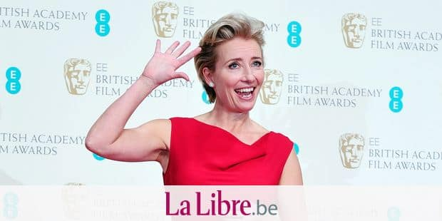 British actress Emma Thompson poses after presenting an award at the BAFTA British Academy Film Awards at the Royal Opera House in London on February 16, 2014. AFP PHOTO / CARL COURT