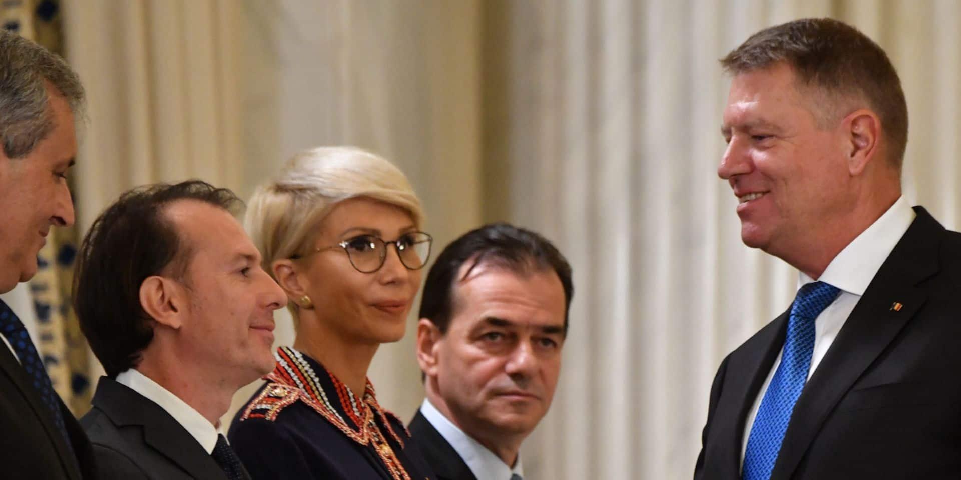 En Roumanie, les pro-européens scellent un accord pour former un gouvernement