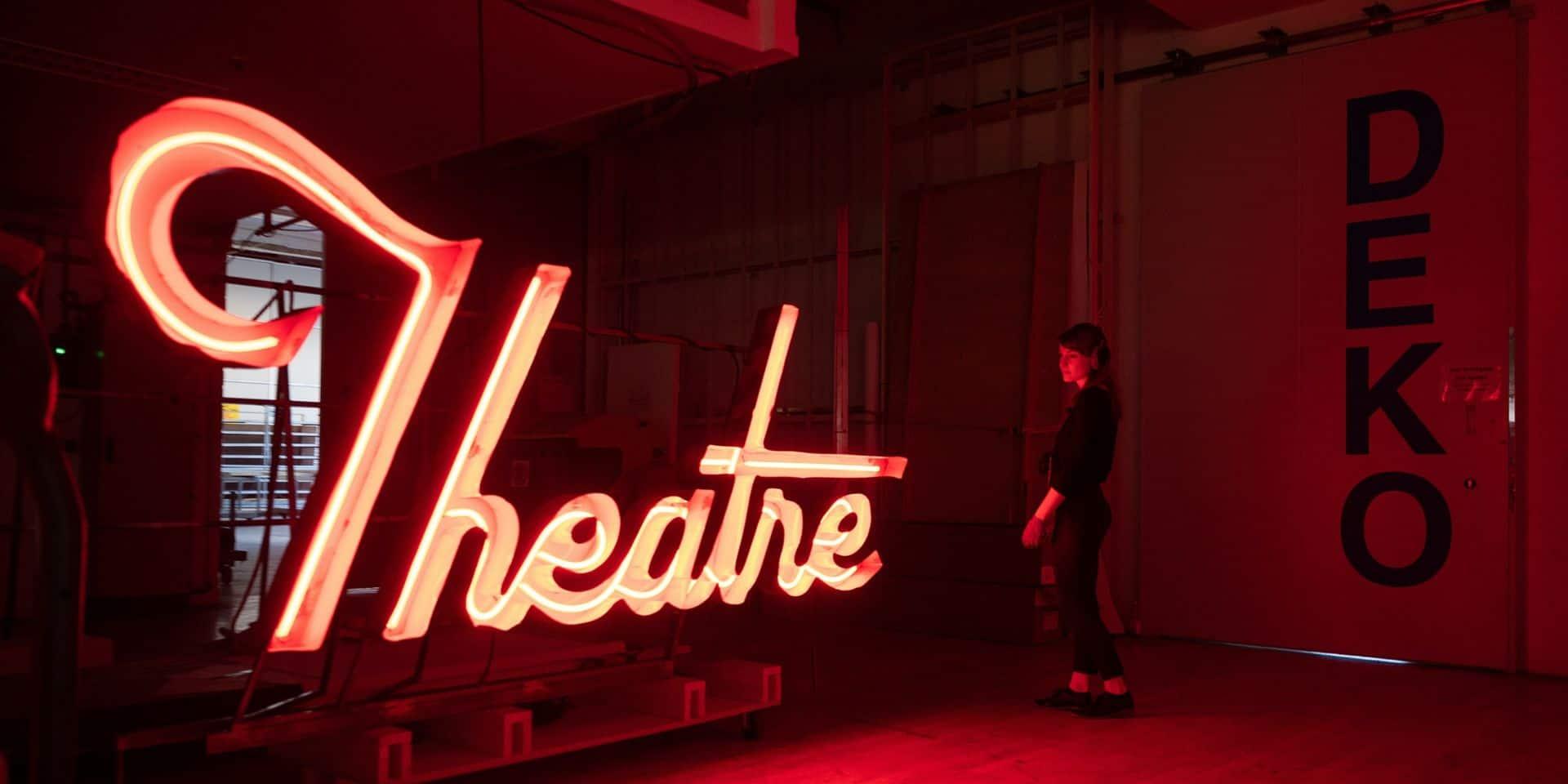 """Lettre ouverte des équipes artistiques, techniques et encadrantes des théâtres au monde politique: """"La saison s'annonce catastrophique"""""""