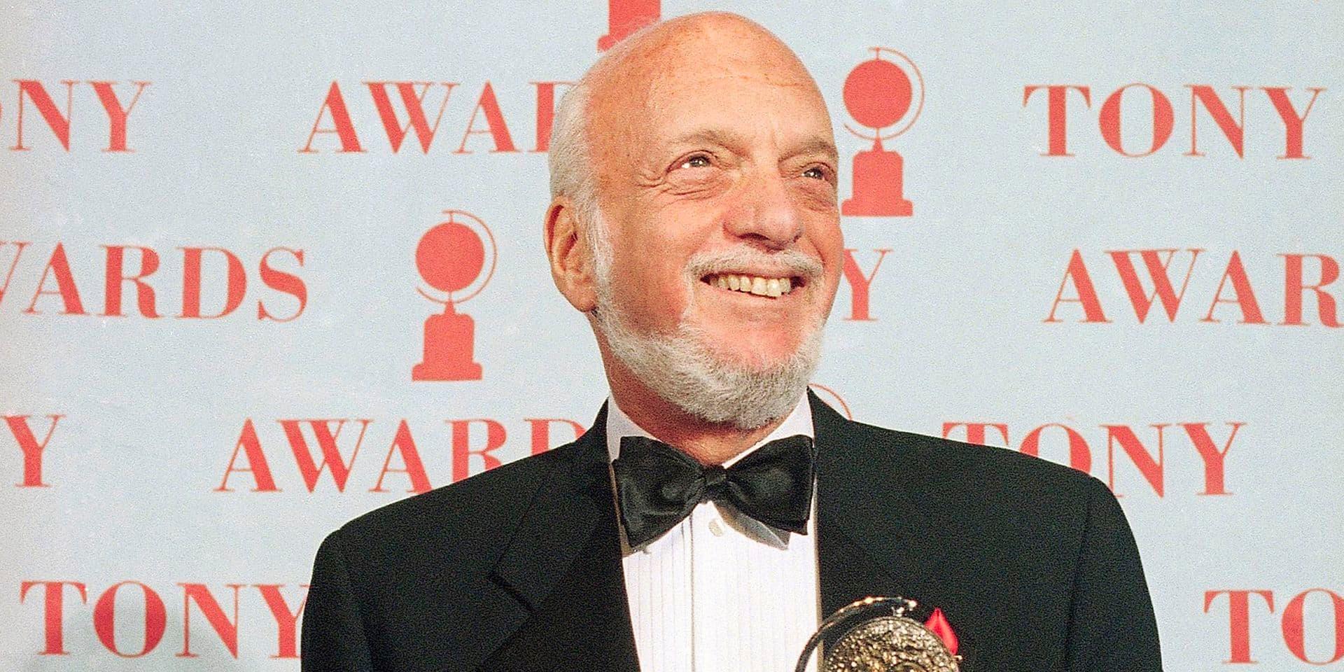 """Décès d'Hal Prince, géant de Broadway, qui a notamment monté """"Le fantôme de l'opéra"""""""