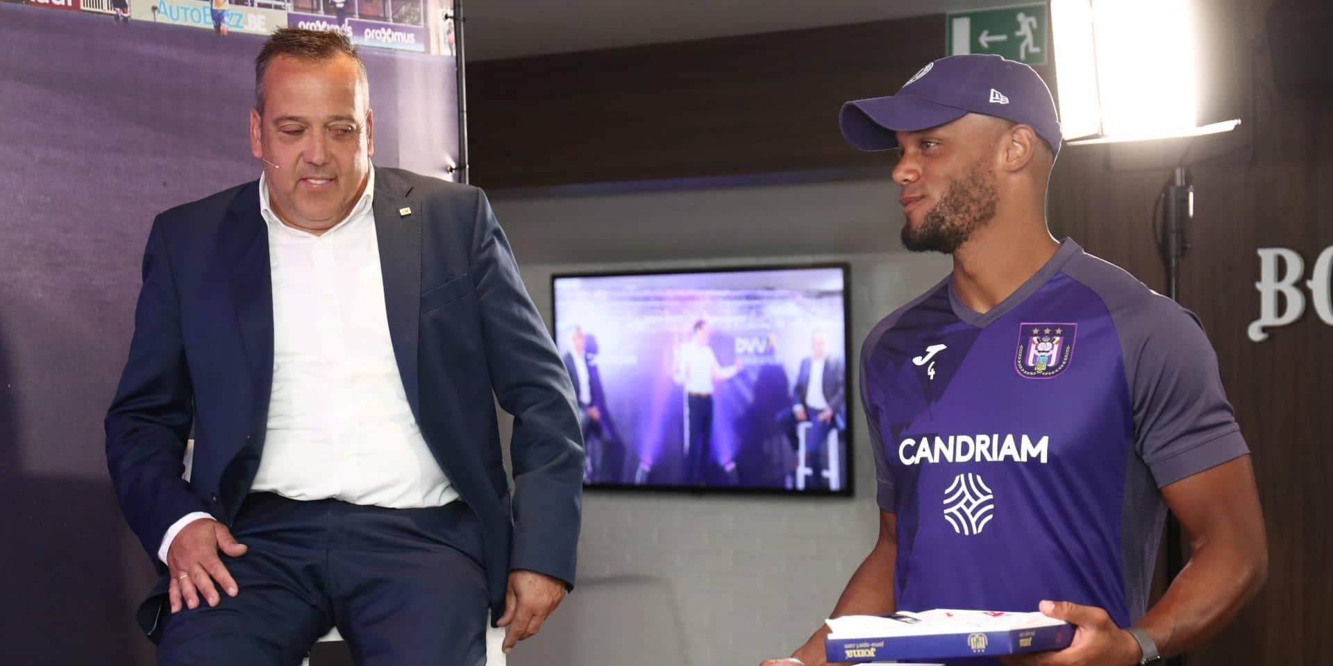 Anderlecht dévoile ses nouveaux maillots (PHOTOS)
