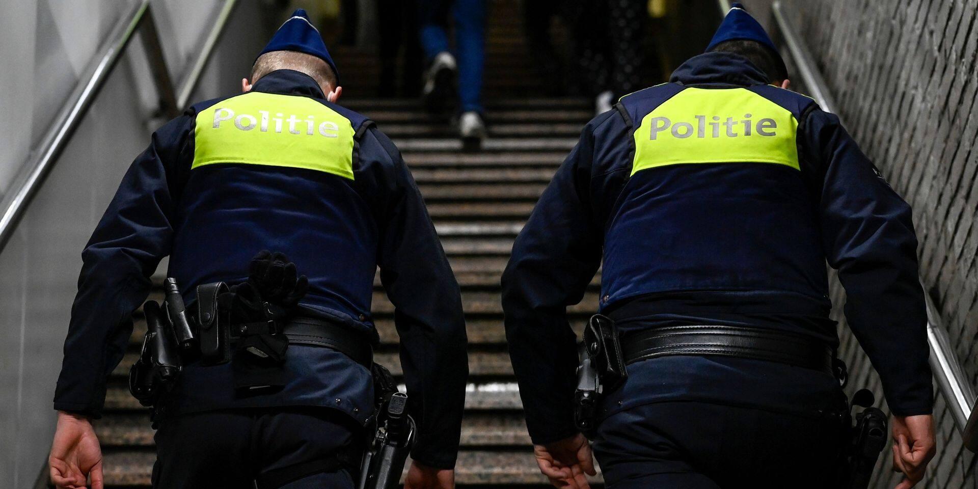 Vaste opération antidrogue: 17 des 28 personnes interpellées placées sous mandat d'arrêt