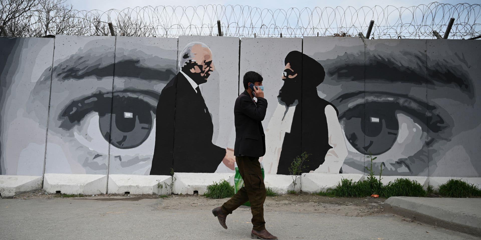 """Afghanistan : les talibans annoncent suspendre les discussions """"stériles"""" avec Kaboul"""