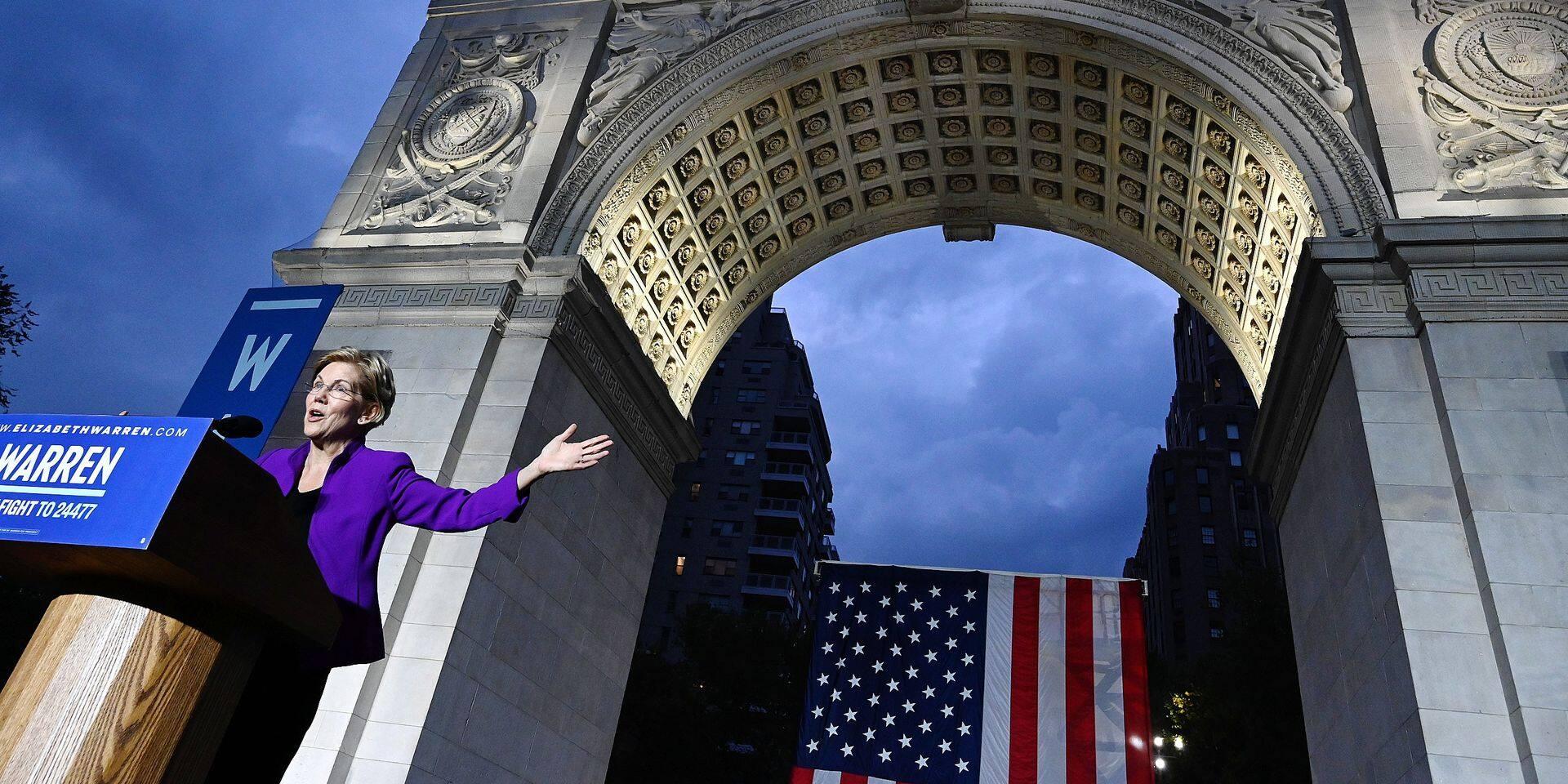 US Democratic presidential candidate Warren delivers speech