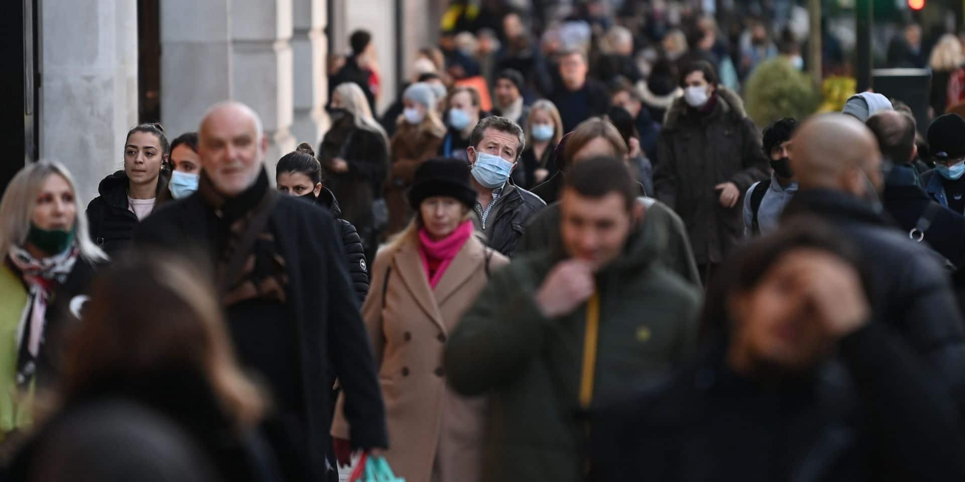"""Nouvelle mutation du coronavirus: """"Elle n'est pas arrivée en Belgique depuis le Royaume-Uni"""""""