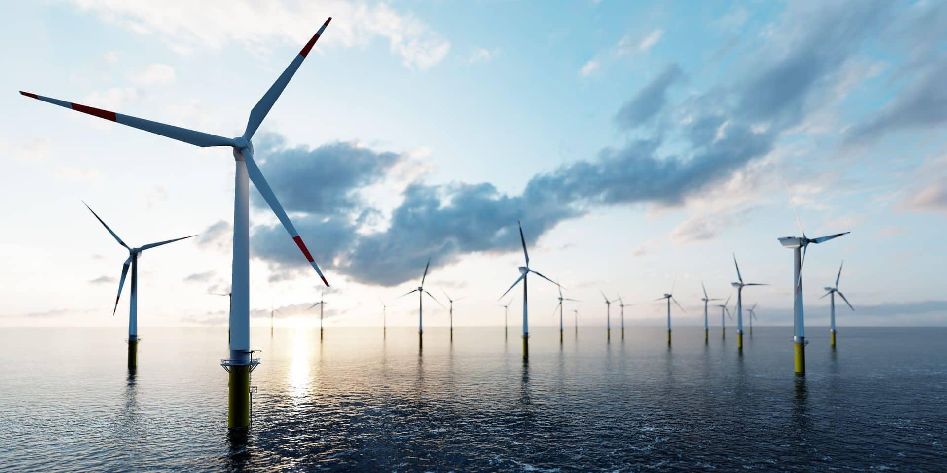 Les 46 éoliennes qui seront plantées auront une taille encore unique au monde, entre 260 et 300 mètres de haut.
