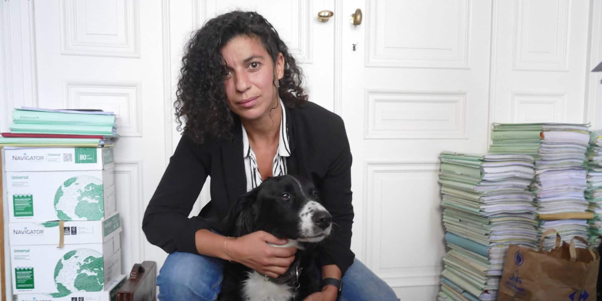 """Sophie Dewulf, la compagne d'Arno, porte plainte contre la police : """"J'attends que le fonctionnement interne de la police se remette en question"""""""