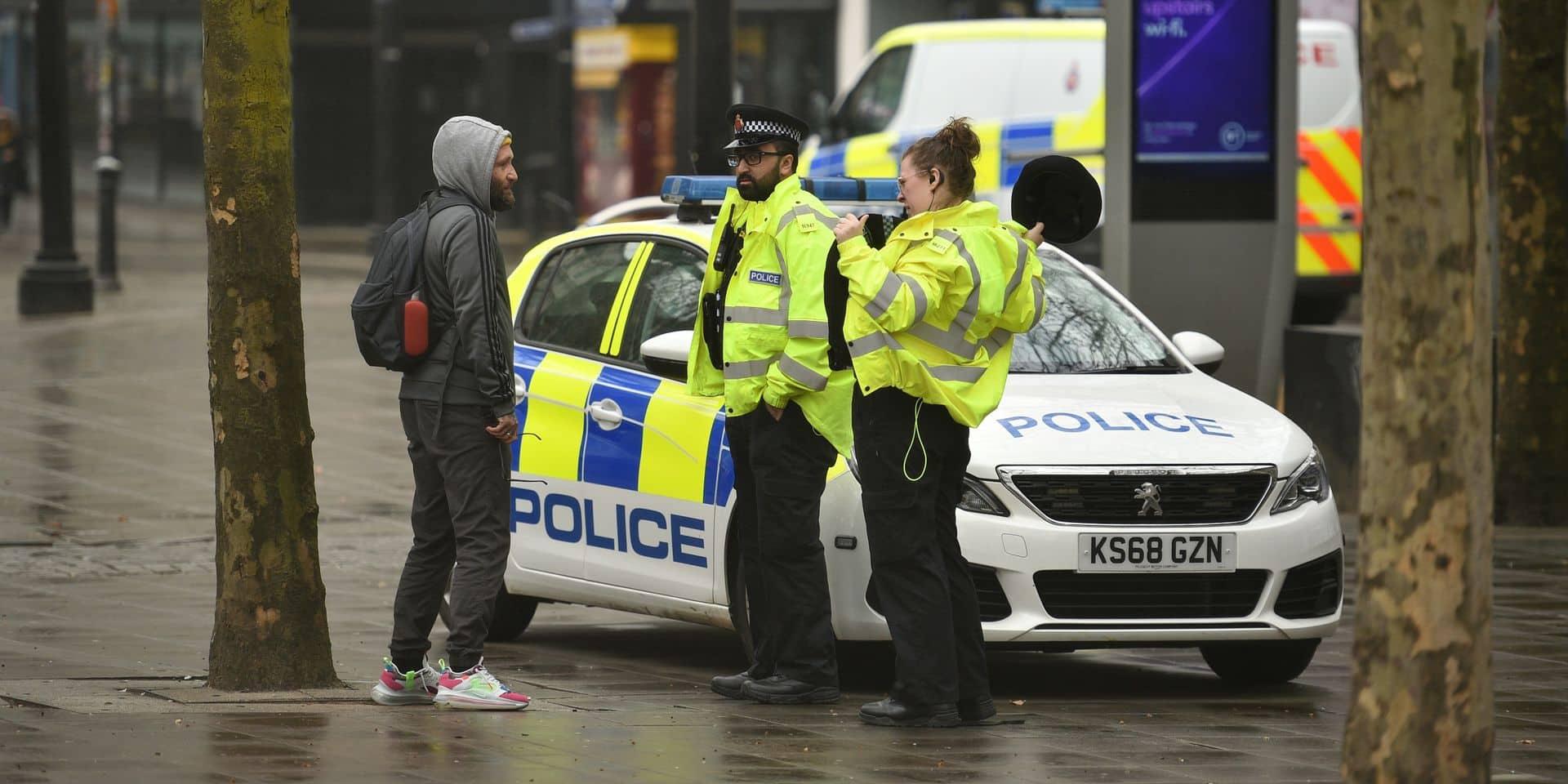 Coronavirus: la police de Manchester a interrompu des centaines de fêtes en quelques jours