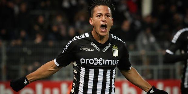 Pro League : Charleroi bat un décevant Saint-Trond (1-0), Bruges déroule contre Ostende (4-0), Gand boit la tasse à Mous...