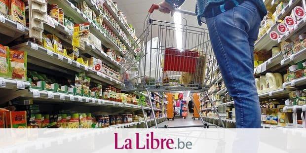 supermarche carrefour market achat magasin course vente menagere rayon caddie alimentation nourriture