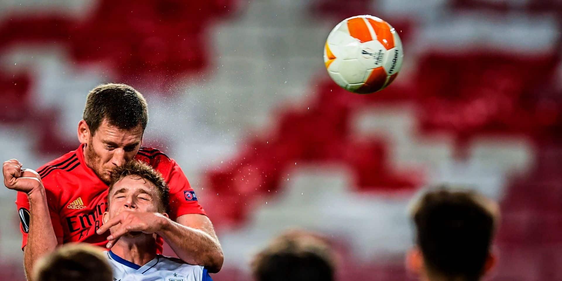 Les Belges à l'étranger : Vertonghen marque et qualifie Benfica, Mertens aussi buteur