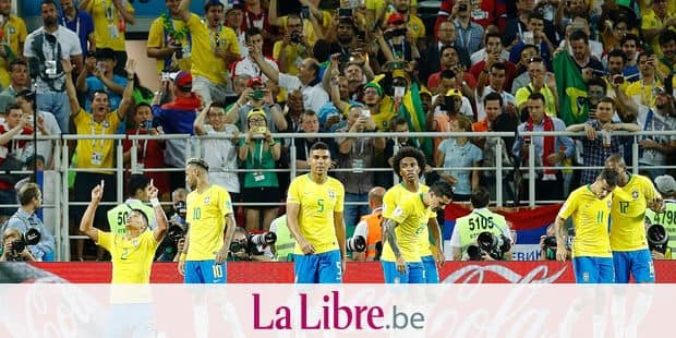 Brazil's team players celebrate as Thiago Silva, left, scored their side's second goal during the group E match between Serbia and Brazil, at the 2018 soccer World Cup in the Spartak Stadium in Moscow, Russia, Wednesday, June 27, 2018. (AP Photo/Victor R. Caivano)