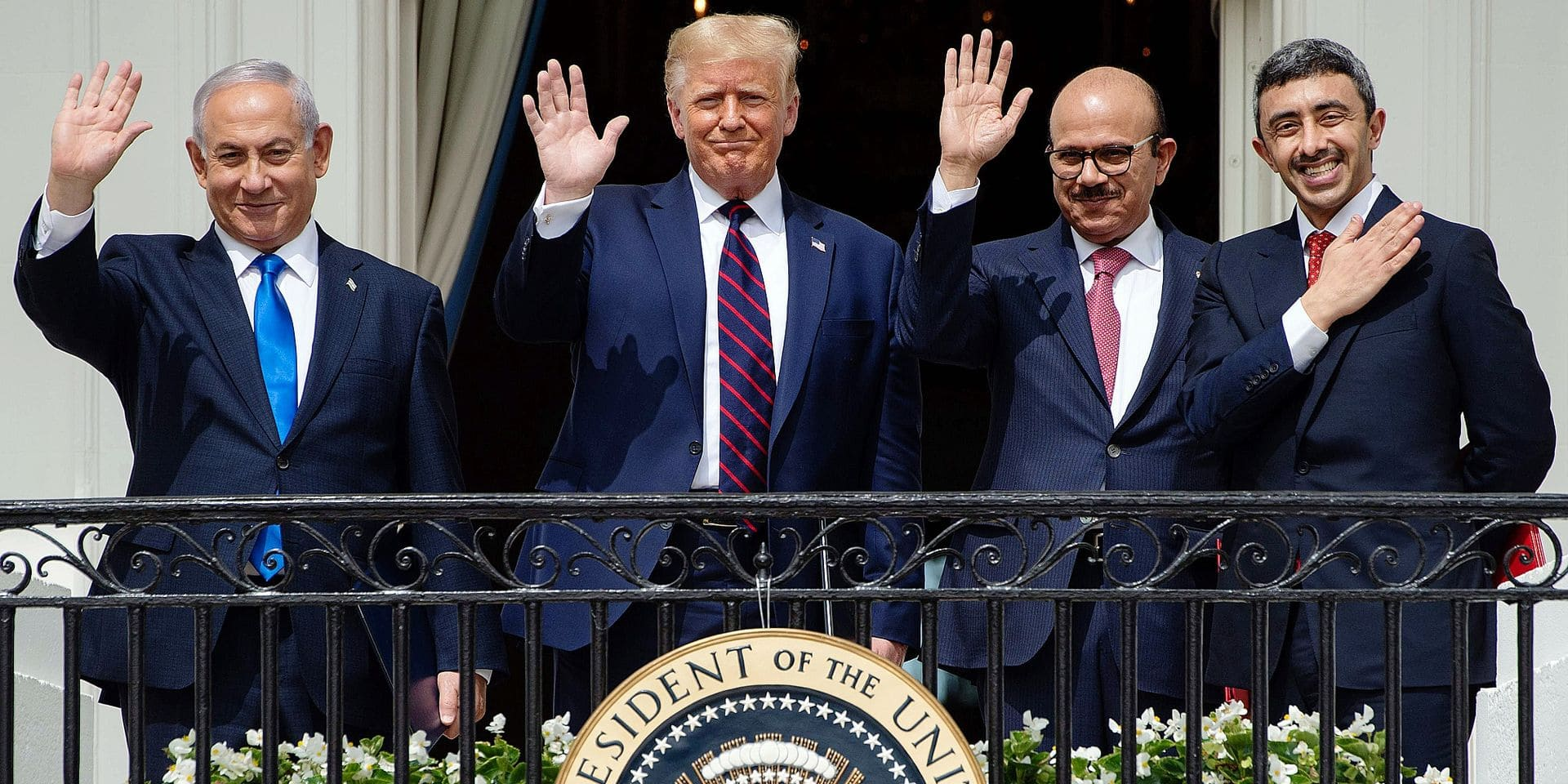 Abou Dabi et Manama ont signé mardi à Washington, lors d'une cérémonie commune à la Maison-Blanche, un accord portant sur l'établissement de relations diplomatiques avec l'État hébreu.