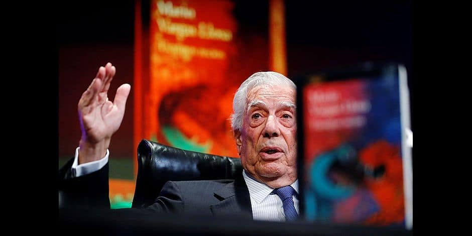 Peruvian writer Mario Vargas Llosa presents its lastest novel