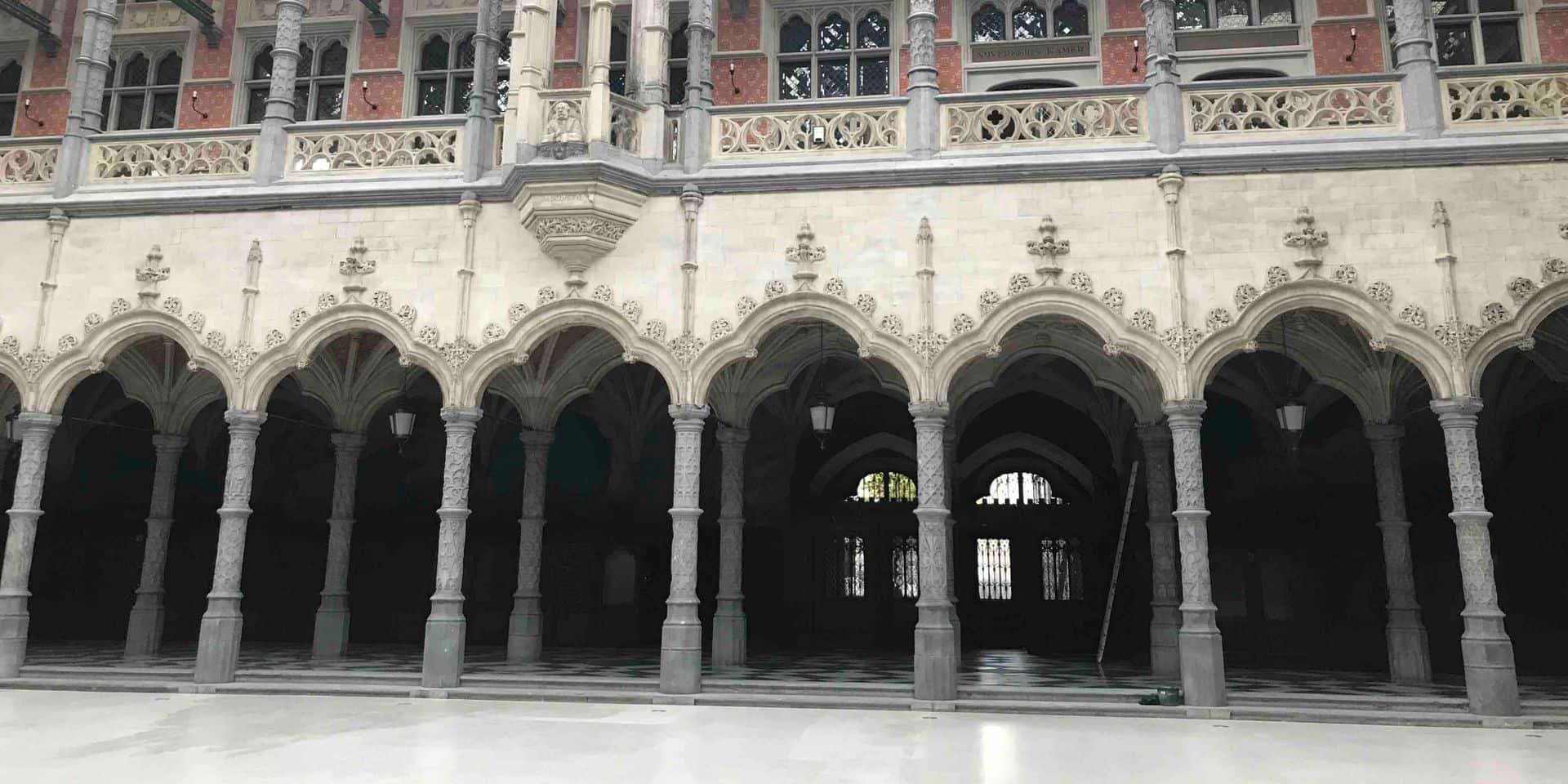 La très étonnante Handelsbeurs néogothique renaît à Anvers