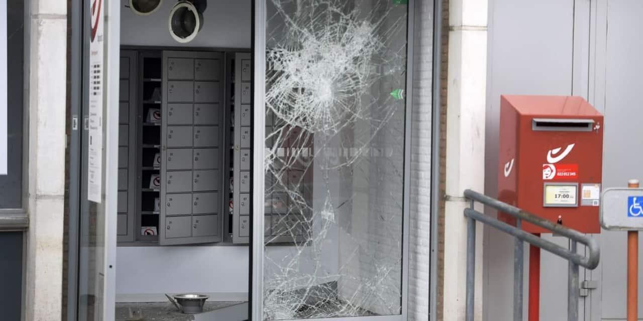 Une ex-échevine de Lommel et 4 autres suspects poursuivis pour des attaques à l'explosif