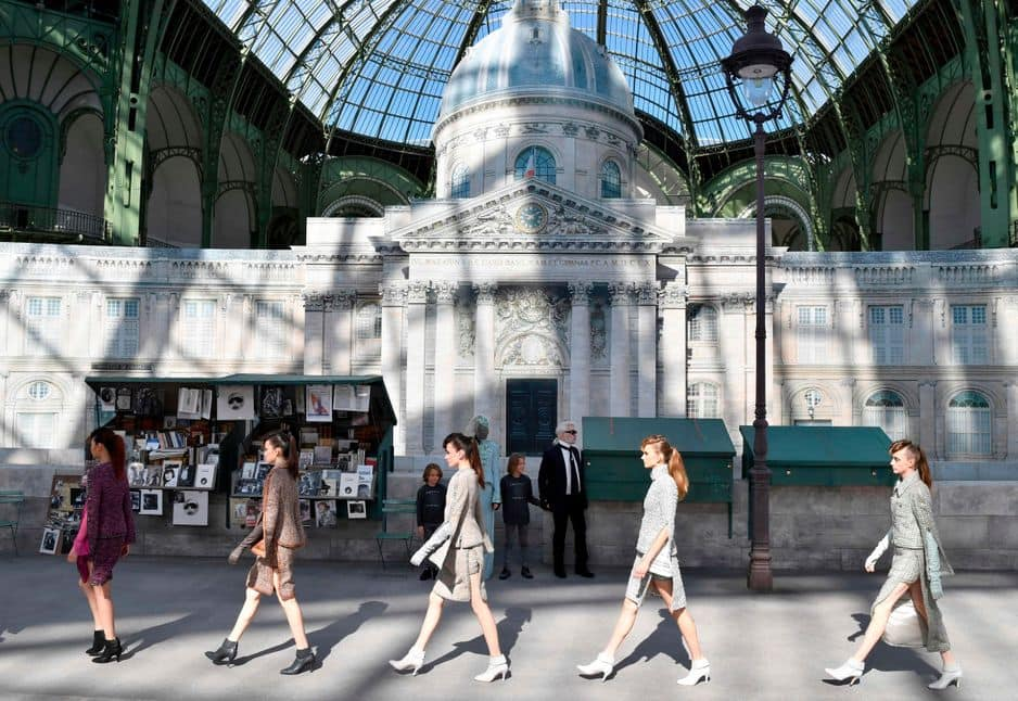 Sous le dome impressionnant du Grand Palais