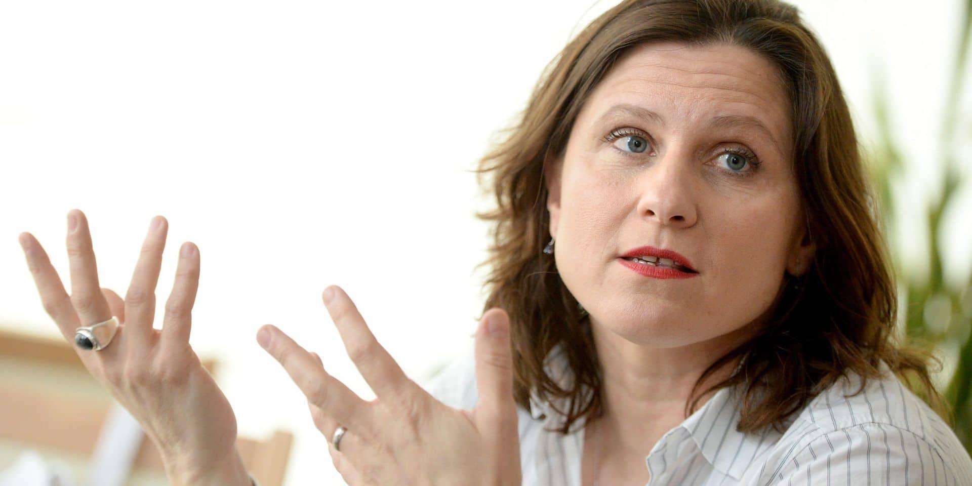 """Roxana Maracineanu, ministre des Sports en France: """"Pas la fin du monde si le Tour est annulé"""""""