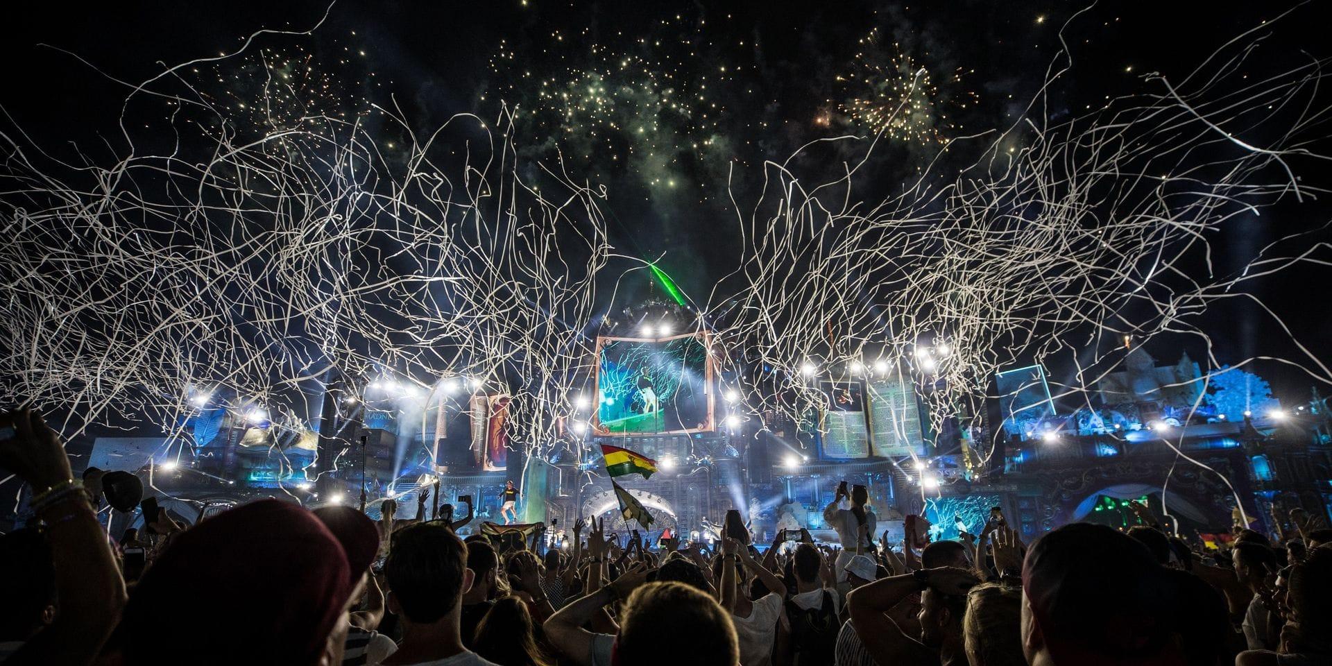 """Tomorrowland affirme pouvoir être un endroit sûr """"en combinant un 'certificat vert' et des tests rapides à l'entrée"""""""