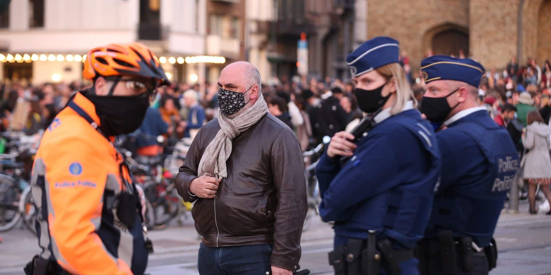 """Le bourgmestre d'Ixelles durcit le ton après la fête à Flagey: """"Cela donne raison à ceux qui disent qu'il faut des couvre-feux"""""""