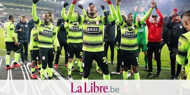 Standard's players celebrate after winning their qualification for the Belgian cup final at a soccer game between Club Brugge KV and Standard de Liege, the return leg of the Croky Cup 1/2 final, in Brugge, Thursday 08 February 2018. BELGA PHOTO KURT DESPLENTER