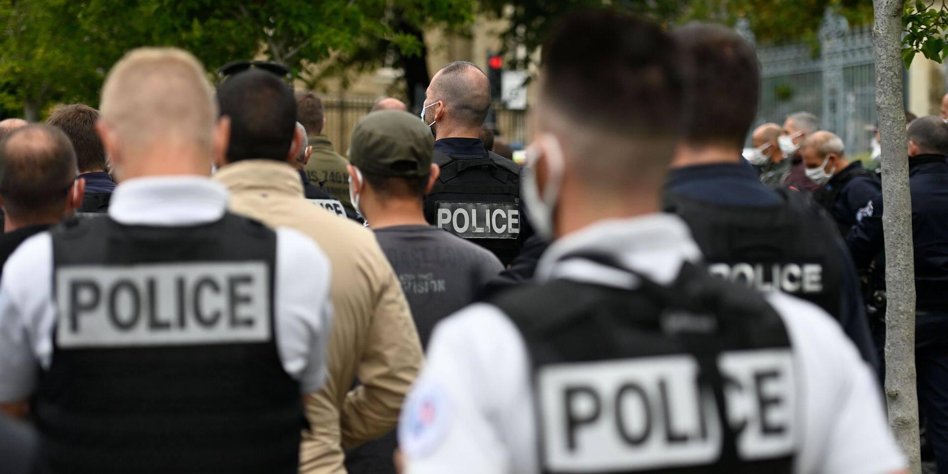 Amnesty dénonce le racisme institutionnel de la police lors des confinements en Europe