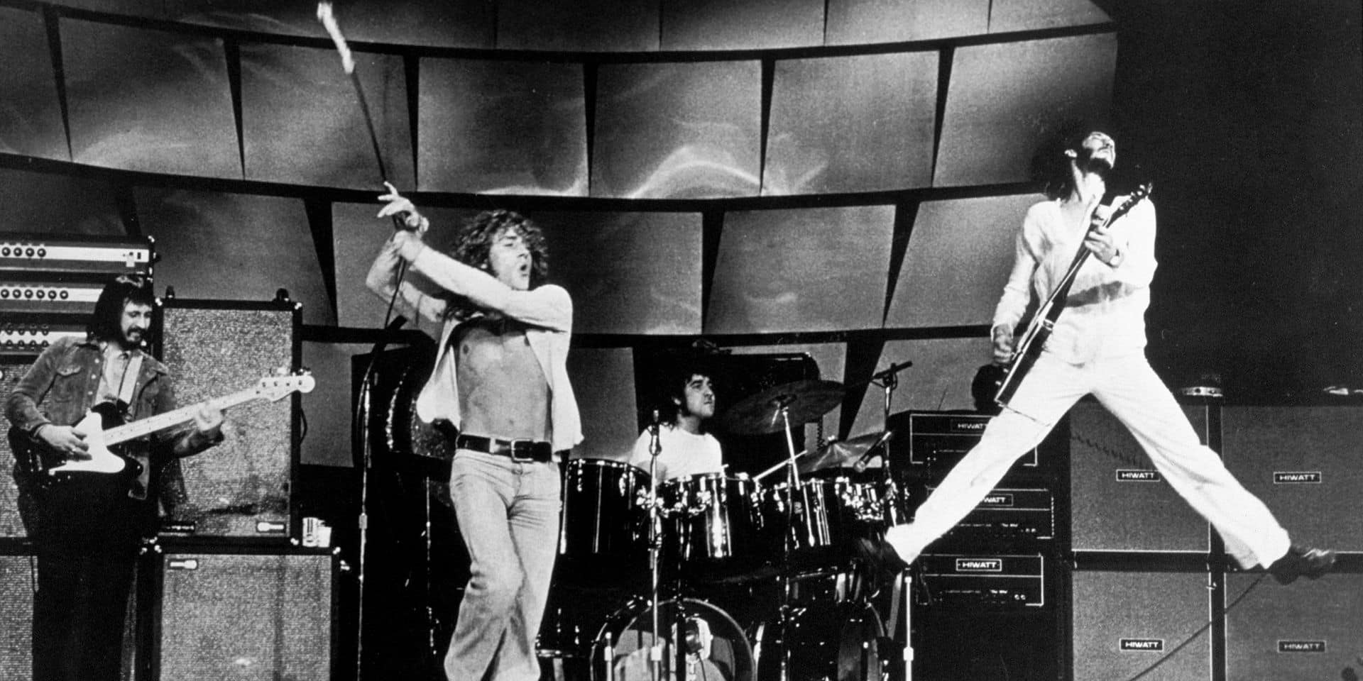 Le groupe The Who en concert en 1969 : John Entwhistle, Roger Daltry, Keith Moon, Pete Townshend --- The Who on stage in 1969 John Entwhistle (bass & rythm guitar) Roger Daltry (singer) Keith Moon (drums) Pete Townshend (lead guitar)