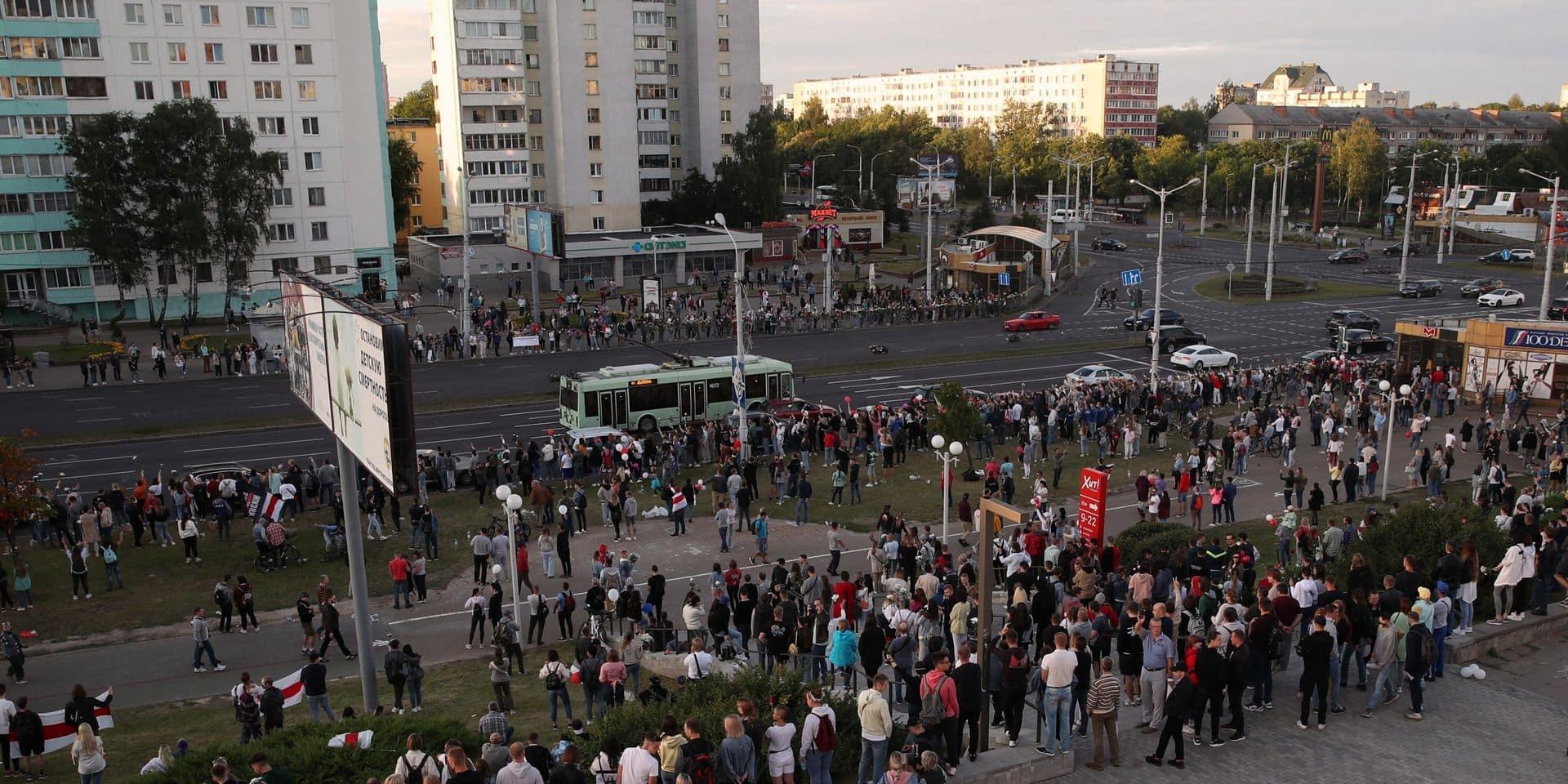 """32 """"combattants"""" russes arrêtés en Biélorussie ont été remis à Moscou"""