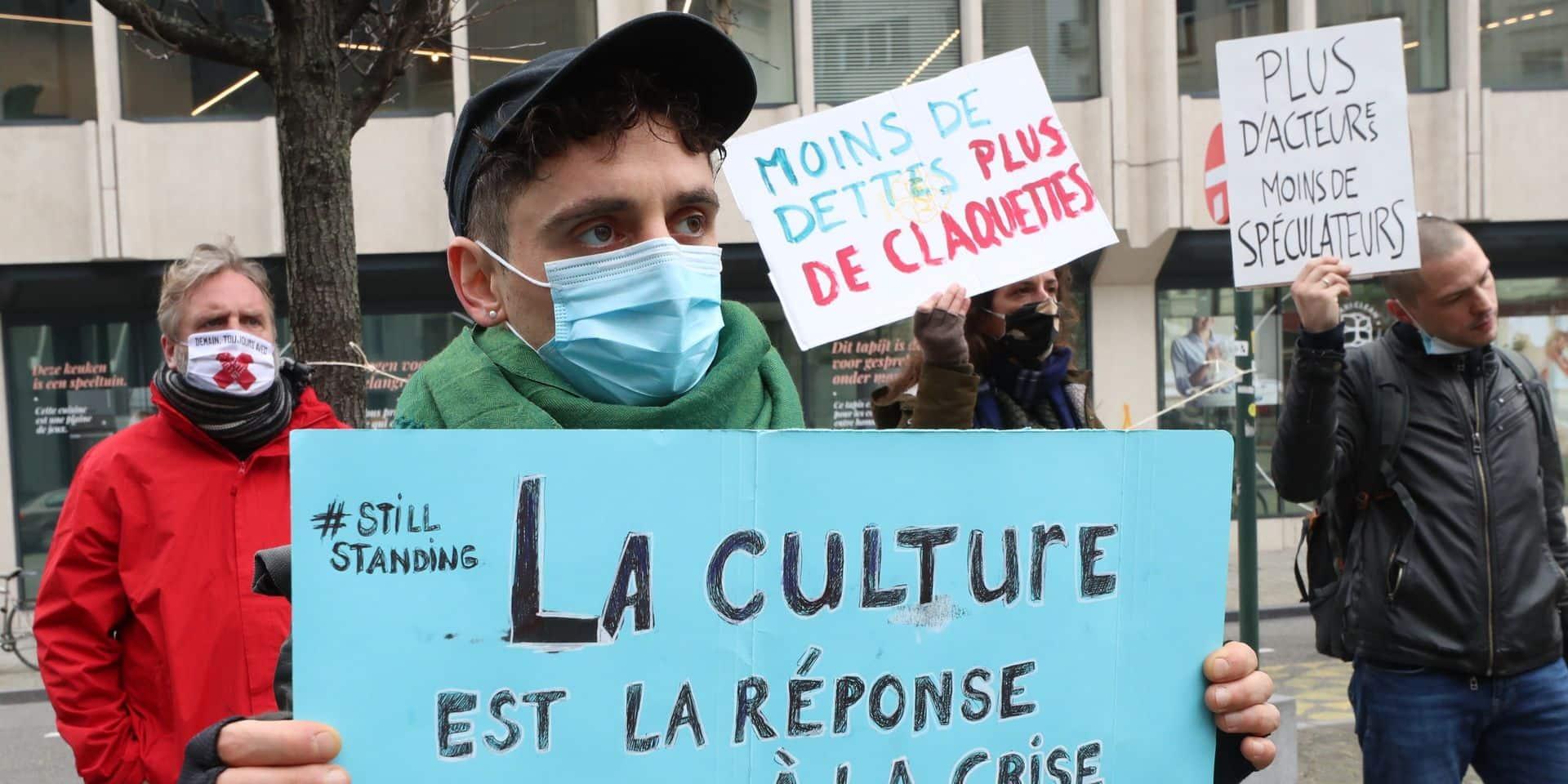 """""""Une façon de mettre la pression"""", """"le seul moyen d'expression qui nous restait"""" : ces lieux culturels qui vont braver l'interdiction"""